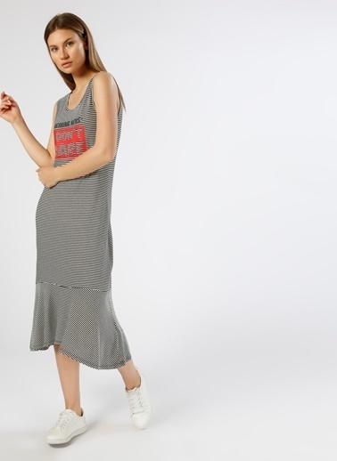 T-Box Kolsuz Çizgili Uzun Elbise Renkli